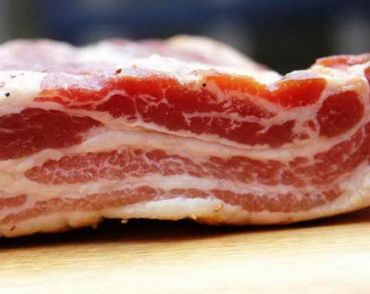 Как солить сало с прослойкой мяса в домашних условиях