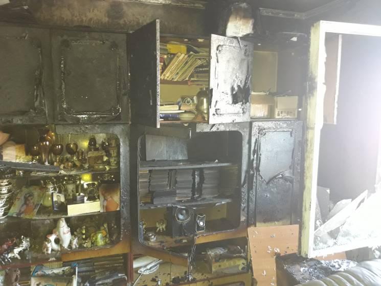 У Миколаєві згоріла двокімнатна квартира (ФОТО)