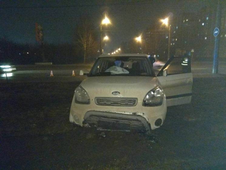 У Хмельницькому автівка ледь не опинилас…