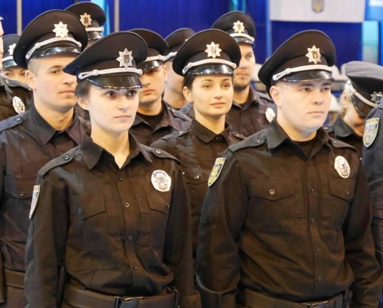 Патрульні поліцейські Закарпаття відзвітували про роботу (ІНФОГРАФІКА)
