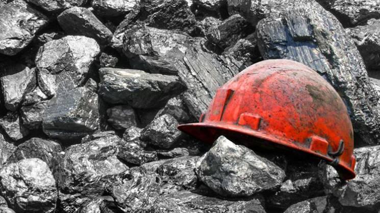 У Мирнограді семеро шахтарів залишилися під землею, вимагаючи виплати зарплати