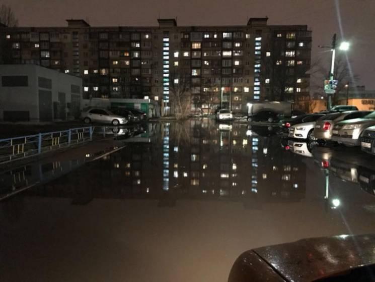 Всесвітній потоп по-київськи: Чому мешканцям столиці потрібно купувати байдарки
