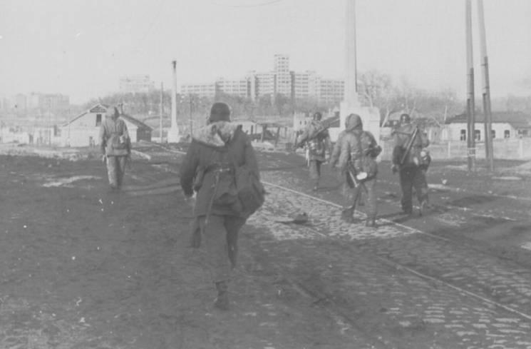 У Нідерландах показали нові кадри боїв за Харків у 43-му (ФОТО)