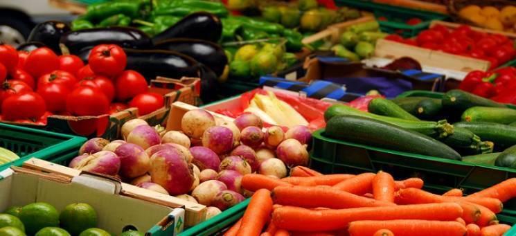 Столичні ярмарки: Де будуть торгувати недорогими продуктами