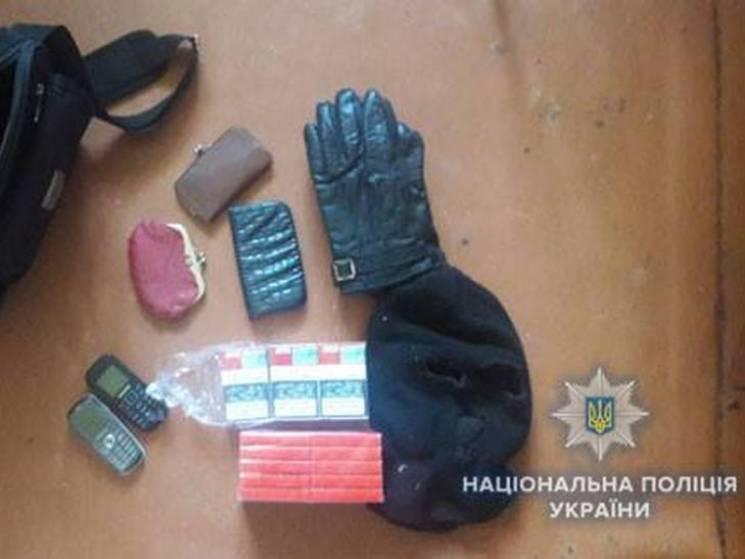 На Сумщині озброєний грабіжник напав на…