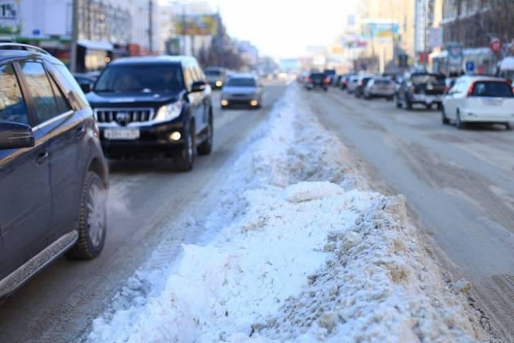 Приїхали: Столичні дороги знову паралізували багатокілометрові затори (КАРТА)