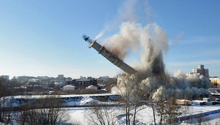 На России взорвали 230-метровую телебашн…