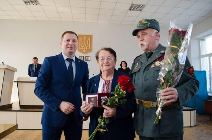 Связная УПА из Тернопольщины получила ор…