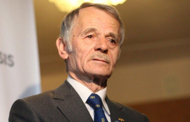 Поляки присудили Джемилеву премию в 1 млн евро