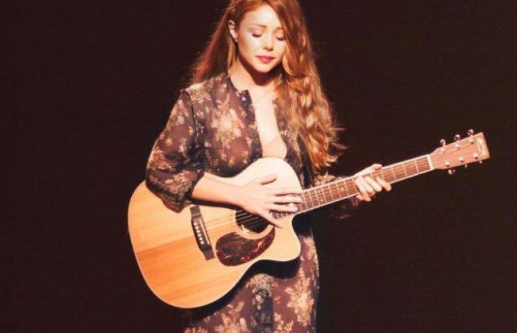 Тина Кароль презентовала новый альбом с песнями о войне