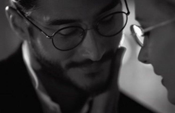 Armani снял романтический клип
