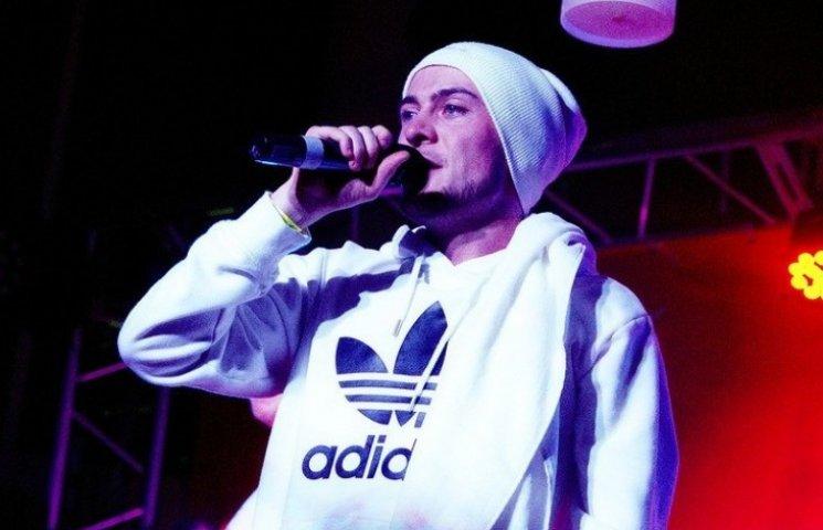 Украинские рэперы начали писать стихи про «хохлов» и «москалей»