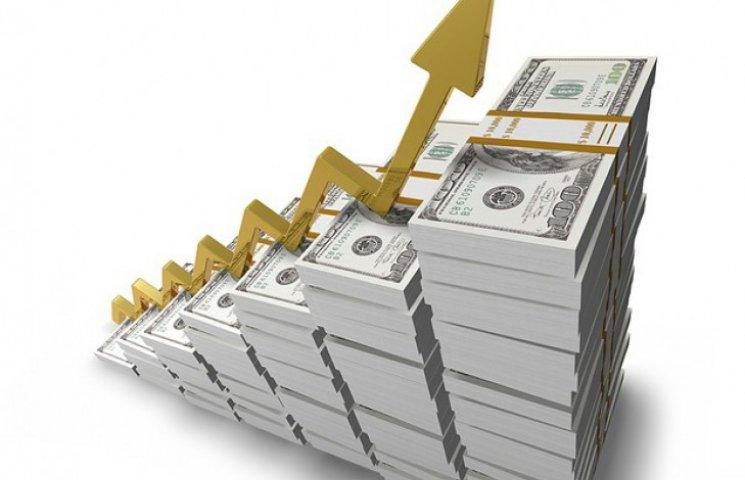 На межбанке доллар добрался до отметки в 12 гривен
