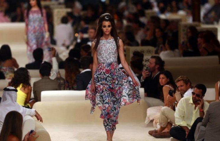 В Дубае прошел показ круизной коллекции Chanel