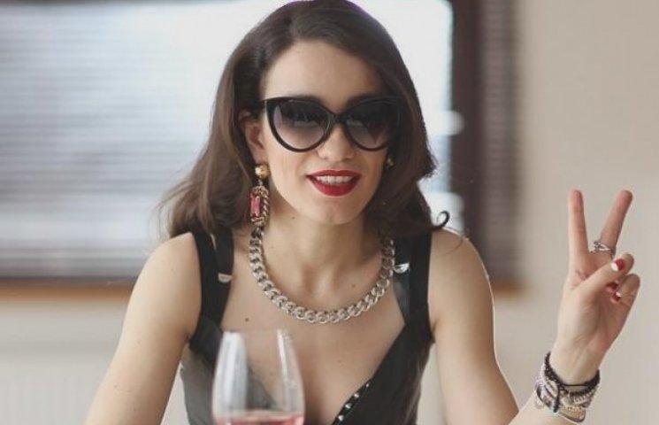 Виктория Дайнеко отметил свой день рождения без бюстгальтера