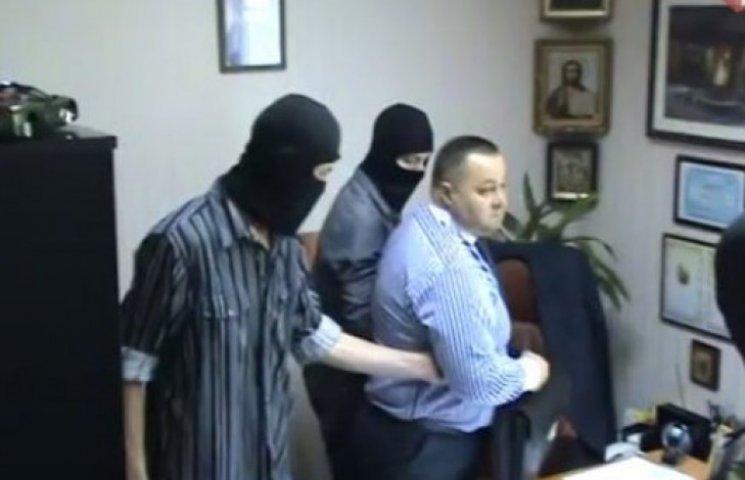 Боевики «уволили» заммэра Харцызска из-за «ящиков водки»