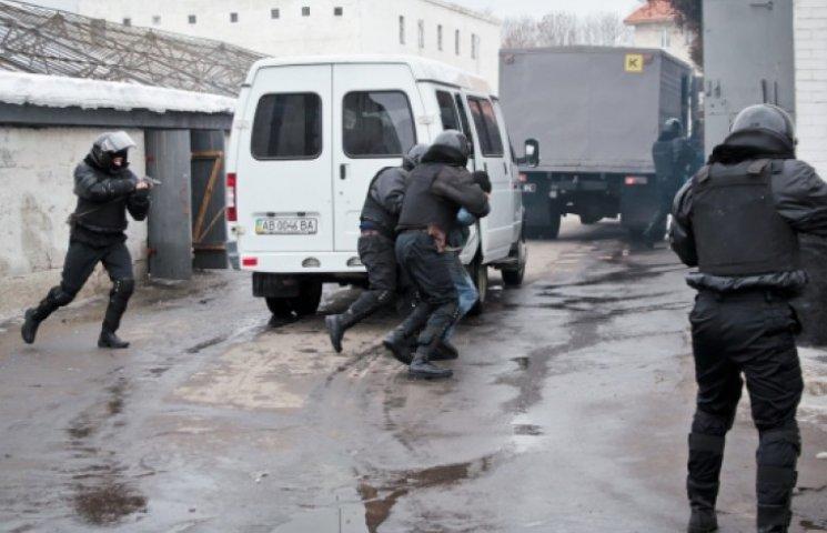 В Николаеве ищут сбежавшего террориста