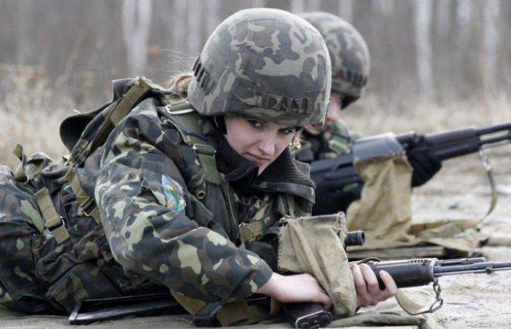В ДНР мужей-сепаратистов идут защищать батальоны женщин - российские СМИ