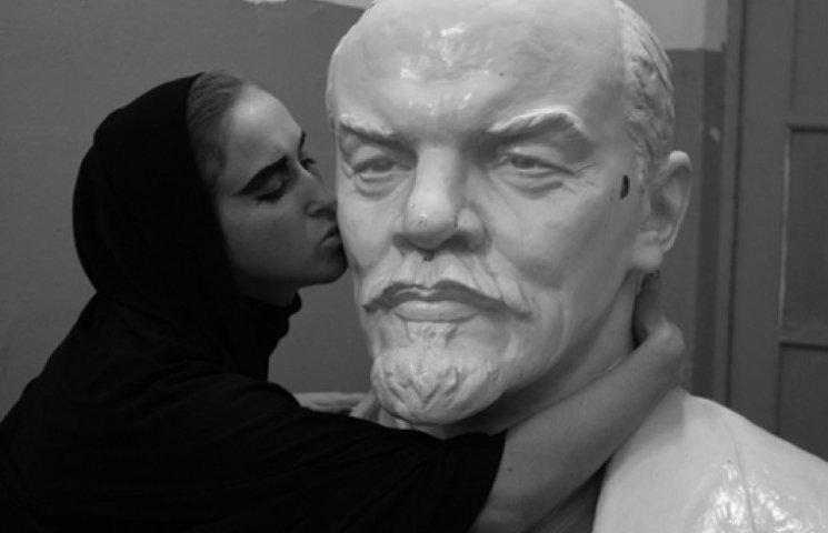 Коммунисты Житомирщины ничего не знают о «падении»  последнего Ленина