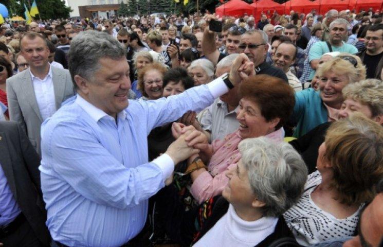 Инаугурацию Порошенко устроят в центре Киева, чтобы разогнать Майдан
