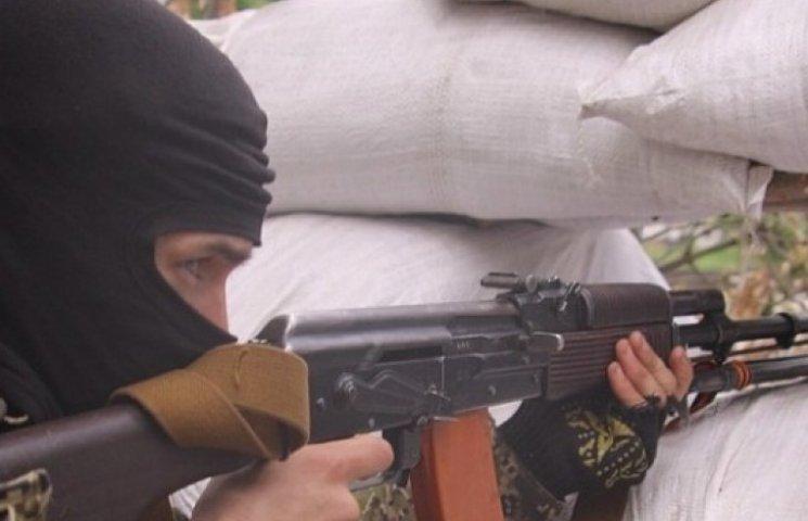 Возле Славянска террористы напали на военных: двое убитых