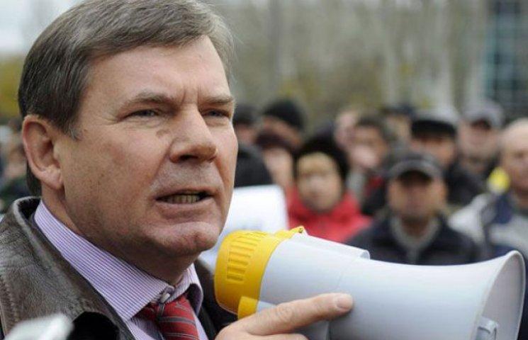 Олексій Бакай забороняє запорізької самообороні їхати до Бердянська (ФОТО)