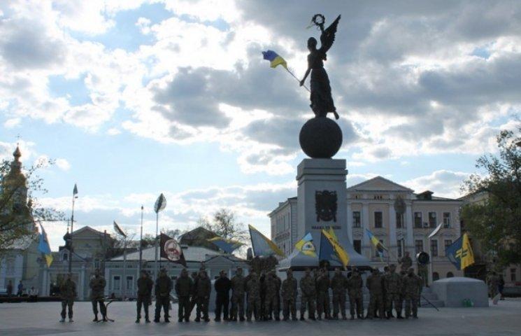 """""""Азов"""" відсвяткував перший """"день народження"""" (ФОТОФАКТ)"""