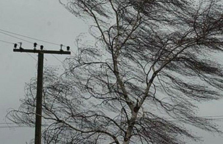 Через негоду знову відключені від електропостачання населені пункти Закарпаття