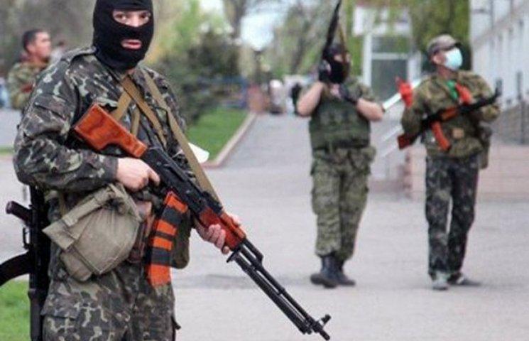 """Бойовики """"ДНР"""" влаштували міжміську облаву на козаків. Шукають """"Батю"""""""