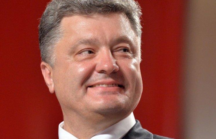 Порошенко подякував лідерам західних держав за відмову їхати на парад до Путіна
