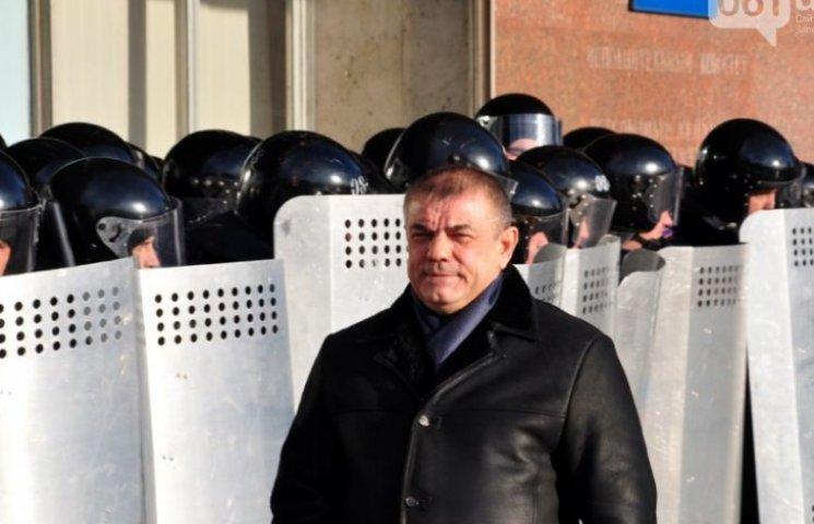 Розгін Майдана: Свідки кажуть, що команди тітушкам давав генерал Сєрба