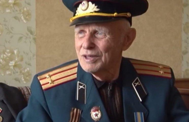 Чому 93-річний артилерист із Закарпаття розповідає про війну неохоче (ВІДЕО)