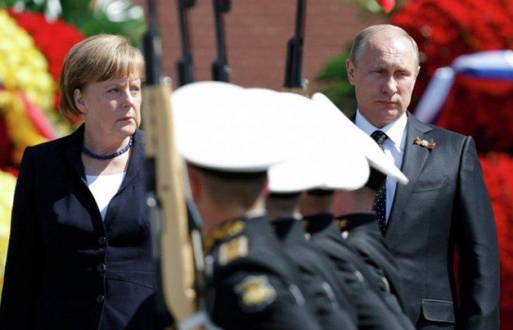 Меркель: У нас з Росією протилежні погляди на події в Україні