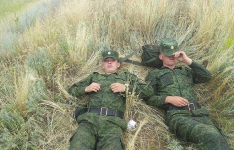 Путін вже нагороджує медалями військових за участь у війні на Донбасі (ФОТО)