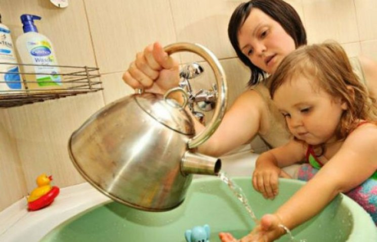 У мерії розповіли, скільки кияни будуть сидіти без гарячої води