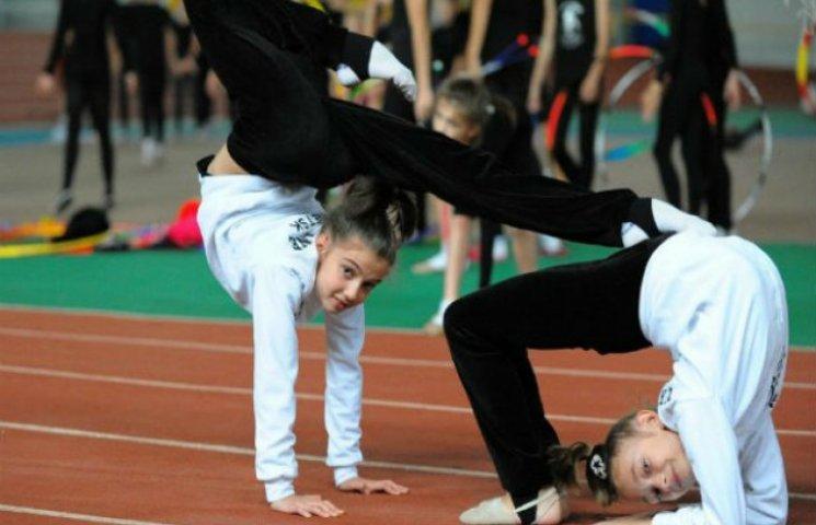 Влада Сум економить міський бюджет за рахунок дитячо-спортивних шкіл