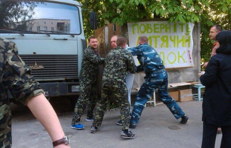 У Києві з`явилася ще одна скандальна забудова. Під прицілом – дитячий садок (ДОКУМЕНТ)