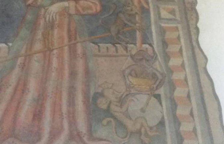 Відвідувачі угорської церкви поруч із Закарпаттям побачили на фресці Путіна (ФОТОФАКТ)