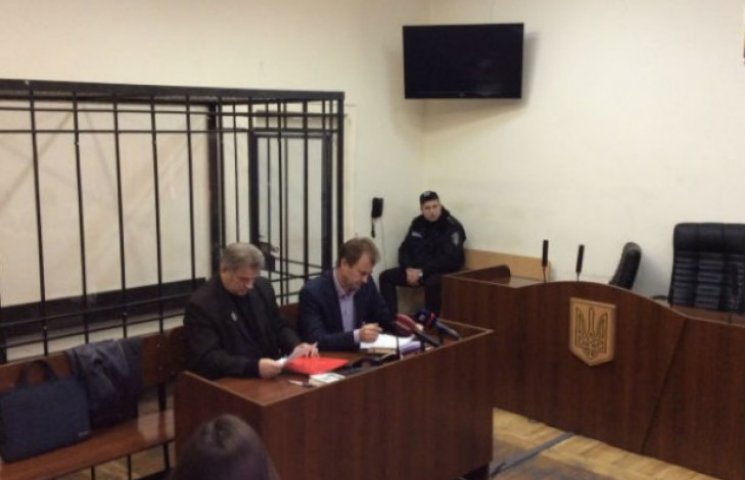 Попов знову сів на лаву підсудних