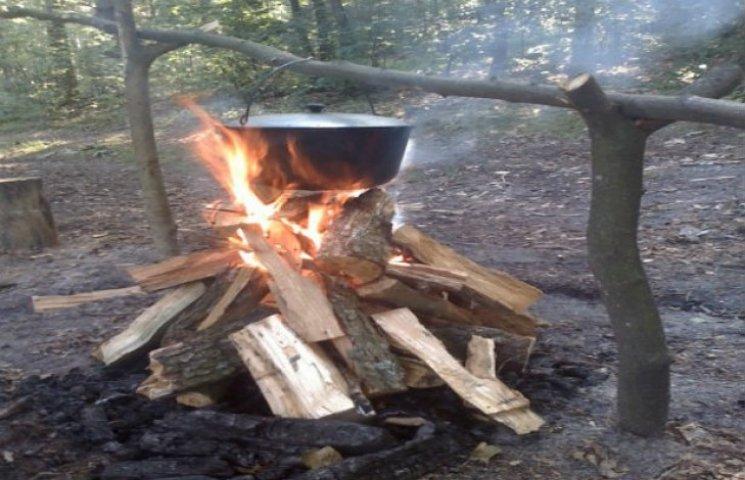 Сумські пожежники нагадують, як правильно відпочивати в лісі, аби не спалити його