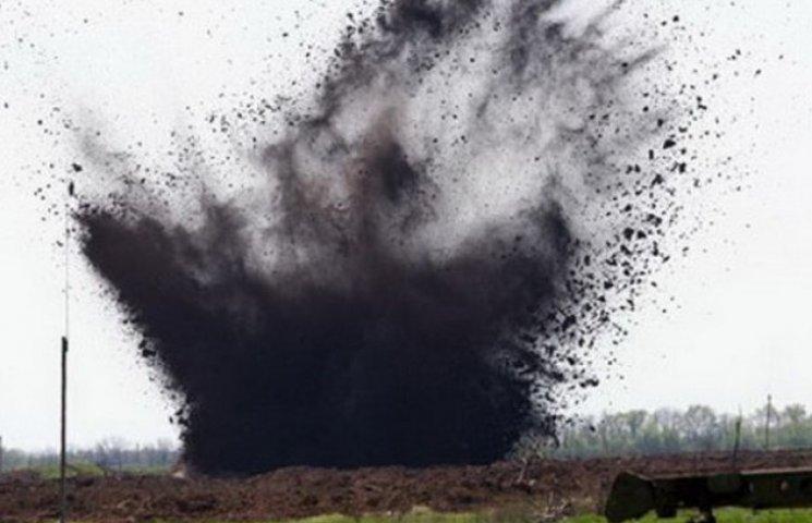 На Дніпропетровщині тракторист підірвався на боєприпасі