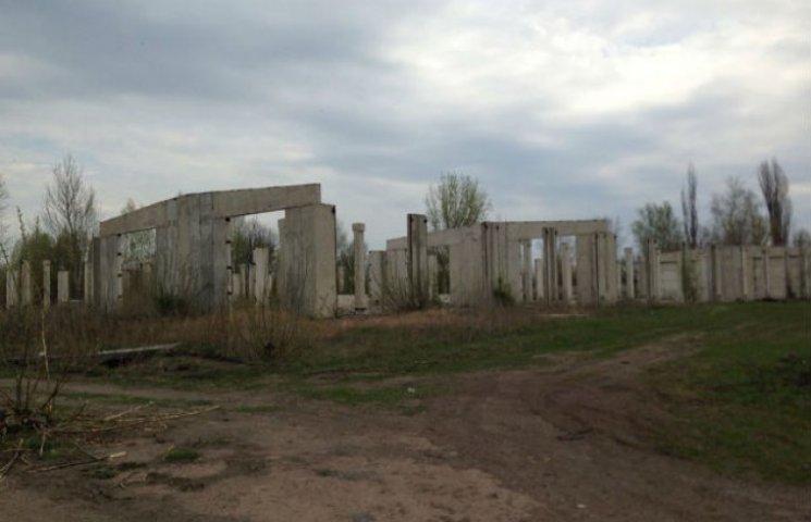 На Сумщині почали активно розбирати будівлі Конотопської дивізії, щойно у Міноборони заговорили про її відновлення