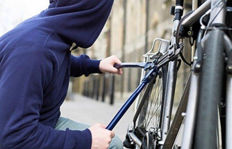 """""""Прийшла весна"""": У Сумах """"заворушилися"""" викрадачі дорогих велосипедів"""