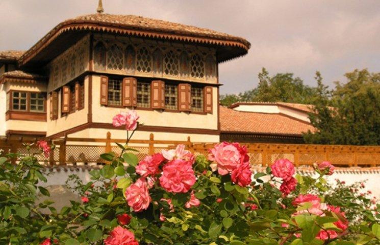 Чи варто викупити у Гобліна Бахчисарайський палац для Пирогова
