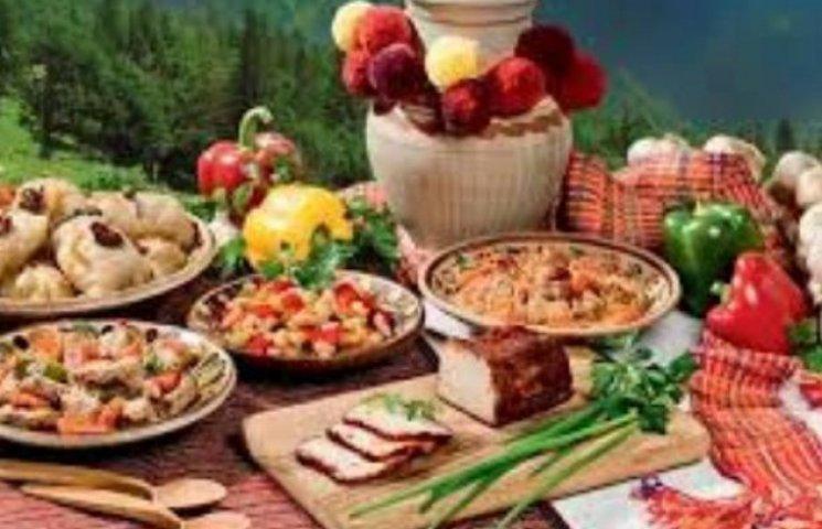 """Чому """"сепари"""" можуть подавитися закарпатськими стравами: Кулінарні секрети"""