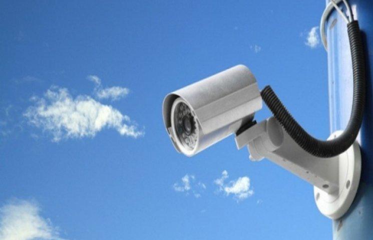 За харківськими школярами підглядатимуть через камери