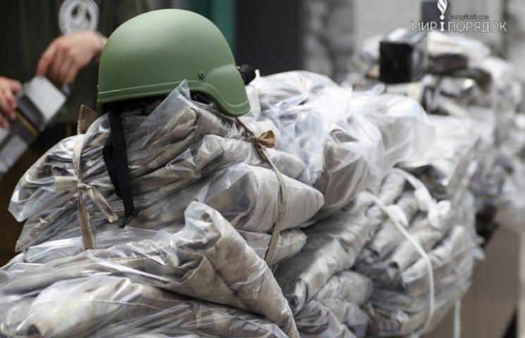 Волонтери допомогли бійцям підготуватись до війни