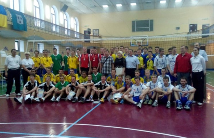 У Сумах пройшов волейбольний чемпіонат серед чоловічих команд
