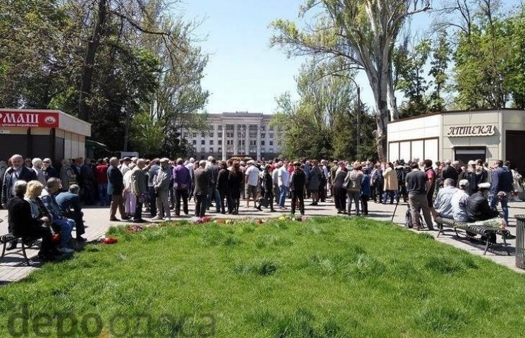 Близько Куликова поля одеська поліція затримала 14 осіб