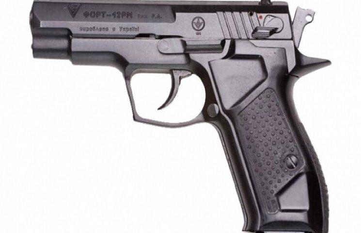 Хмельницька поліція замовила зброї на чверть мільйона